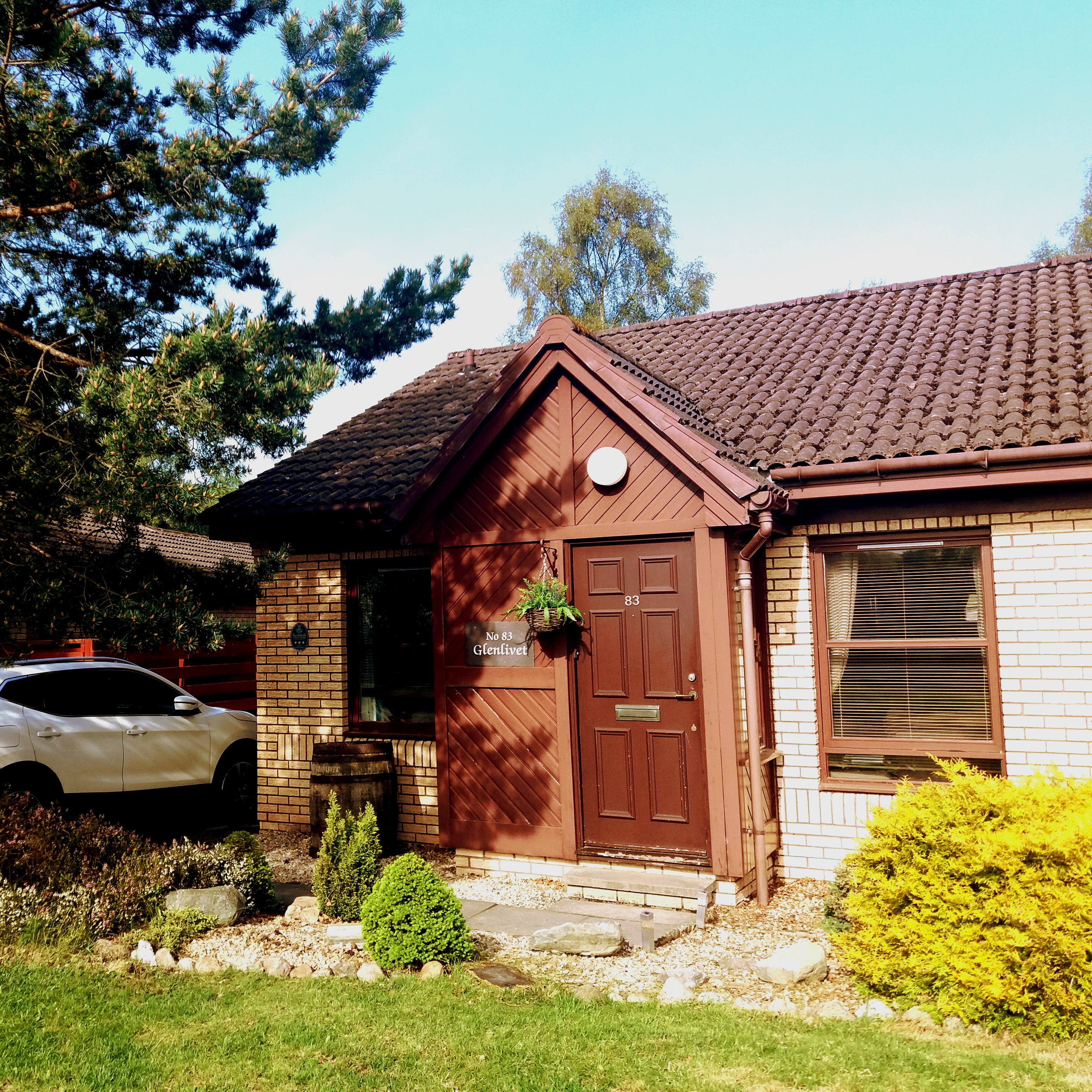 Self catering, 3 bedroom, 6 person, 10 mins to centre of Aviemore.